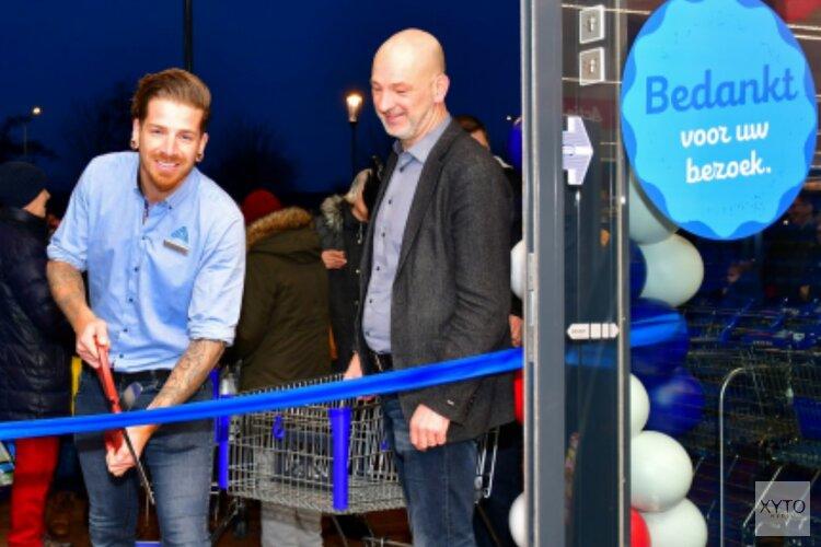 Opening Aldi bij winkelcentrum Streekhof