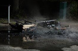 Grof vuil in brand aan Veilingweg